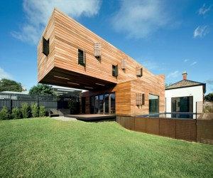 10 Amazing Cantilevered House Designs