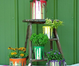 10 DIY Planters that Usher in Metallic Dazzle Along with Greenery