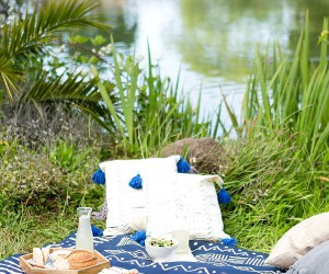 10 DIY Projects for the Perfect Picnic and Backyard Staycation
