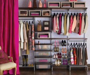 10 Easy Ways to Create an Organized Closet