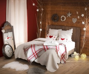 10 Gorgeous Bedrooms that Bring Home the Festive Charm