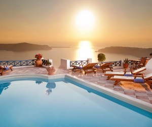 10 Luxury Properties For Rent in Greece