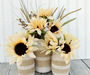 13 DIY Mason Jar Centerpieces To Decorate Your Spring Table