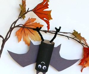 15 Bat Themed Crafts for Halloween
