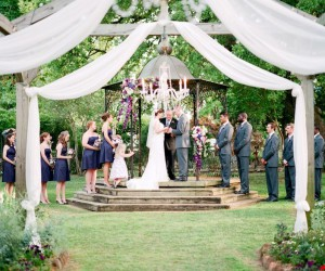 15 Beautiful Garden Wedding Venues to Spark DIY Ideas