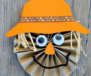 15 Cute Fall Crafts for Kids That Are Fun to Make