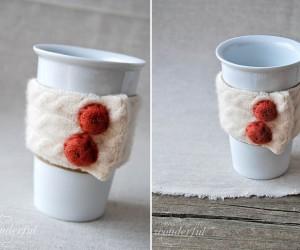 15 Cute Yarn-Made Coffee Cup Warmers