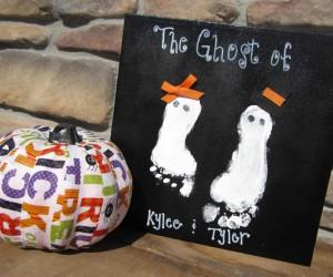 15 DIY Halloween Canvas Crafts