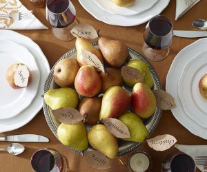 15 DIY Pieces of Thanksgiving Table Decor To Create