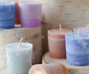 15 Great Tutorials for Making Your Own Candles