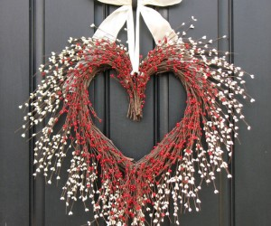 15 Striking Wreath Ideas for Valentines Day
