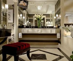 16 Dreamy Celebrity Bathrooms