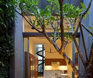 17BR-House in Singapore by ONGONG