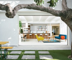 1920s Stucco Bungalow Renovated for Two Actors in Los Angeles