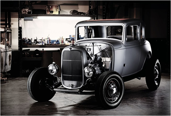 1932 Ford 5-Window Coupe Kit