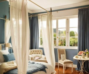 24 Beautiful Blue-Toned Interiors
