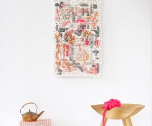 25 DIY Yarn Wall Hangings