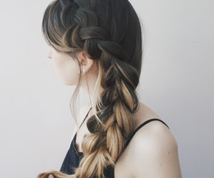 25 Hairdos For Long Hair