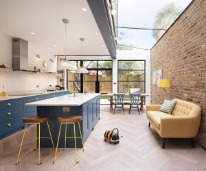 25 Kitchens Connected with the Backyard: Space-Savvy Trend that is Here to Stay