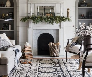 25 Winter Fireplace Mantel Decorating Ideas
