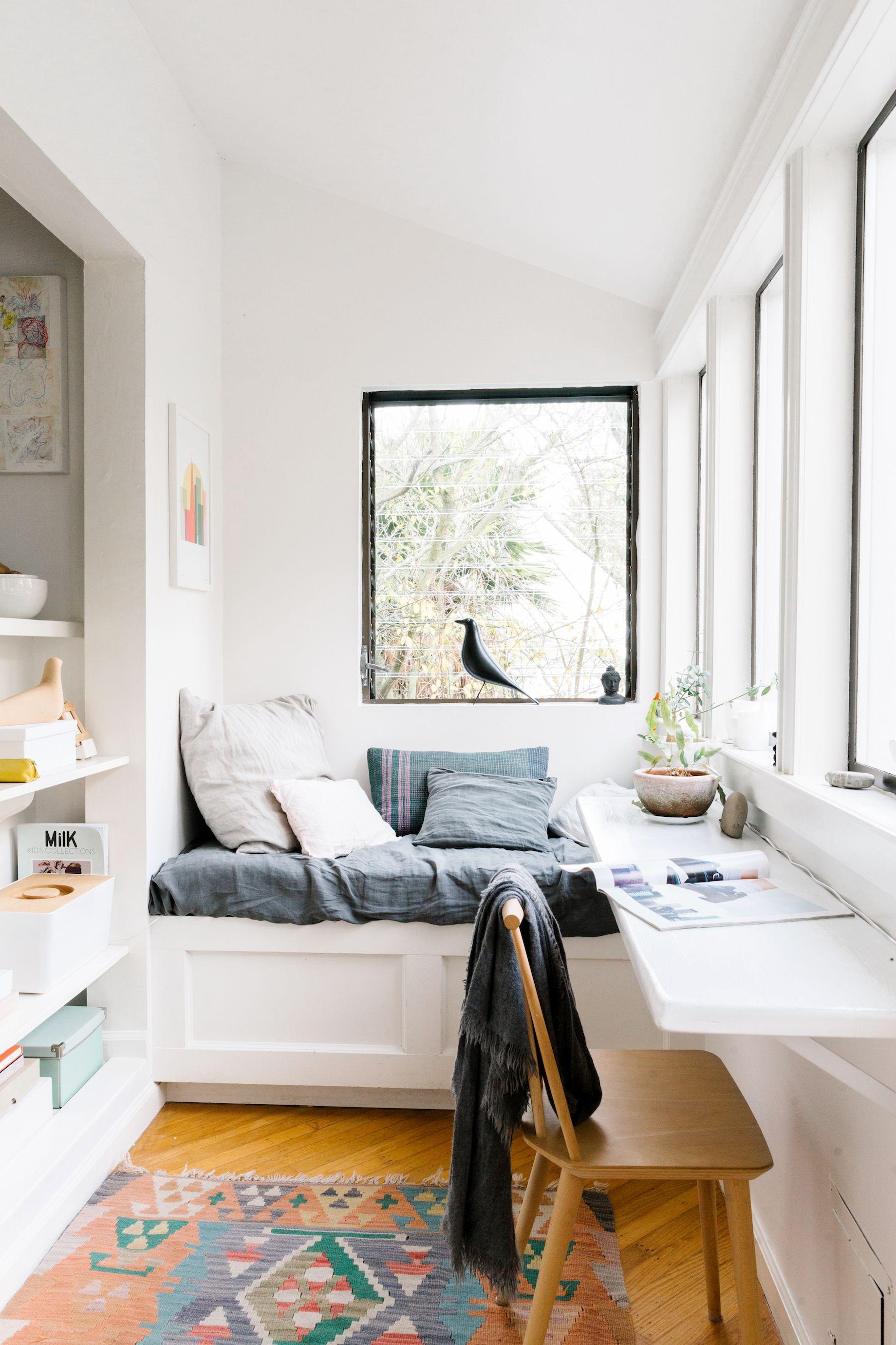 Дизайн маленькой спальни 2017 - 68 фото и идеи интерьера спа.