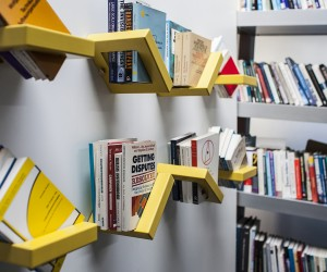 360 SHELF: Adjustable shelving display by Luka Pirnat