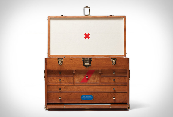 41d Gerstner Chest By Best Made