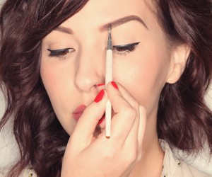 5 Eyebrow Tutorials That Will Have Your Arches Nearing Perfection