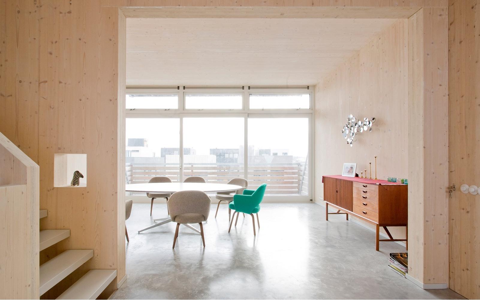 Modern Pinewood Interiors