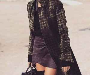 7 Perfect Autumn Outfit Ideas From Hailey Baldwin