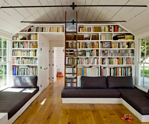 8 Built-In Bookcases That Maximize Storage with Smart Design