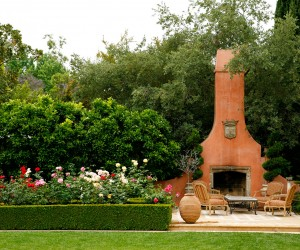 A beautiful Italian style garden by EPT Design