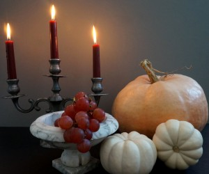 A Decadent Halloween Centerpiece Idea