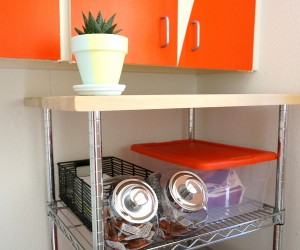A DIY Laundry Room Makeover