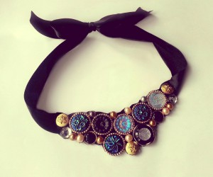 A Rich Style Statement: 15 Gorgeous DIY Collar Necklaces