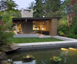 A Study in Serenity and Simplicity: Urban Cabin in Seattle
