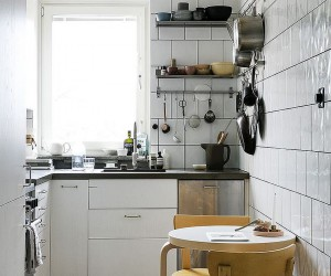 A Table for Two: 20 Tiny Breakfast Nooks with Space-Saving Goodness
