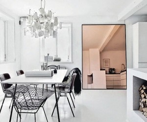 A Trendy Reflection: Tinted Mirror Style