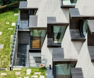 A Unique Mountainside Home in Seoul, South Korea