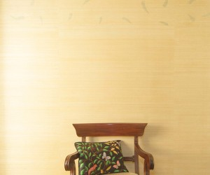 Abaca wallcovering with real Soursop falling leaves motif