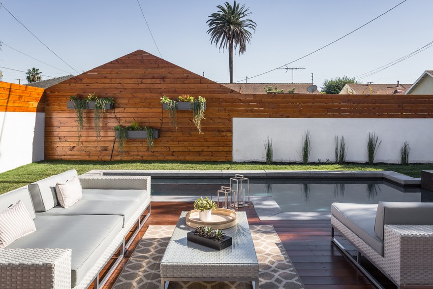 Admiral House in Los Angeles Featuring Contemporary
