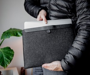 Aecraft Macbook Sleeve by Carmen van Brabant