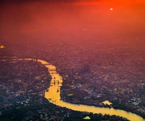 Aerial Photographs of London at Night by Vincent Laforet