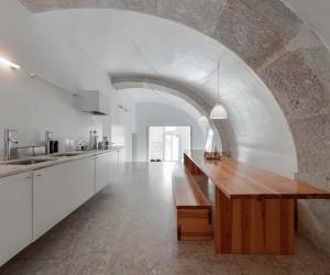 Aires Mateus Refurbishes A 18th-Century Lisbon Townhouse