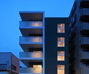AKHR by Takeshi Ishiodori Architecture
