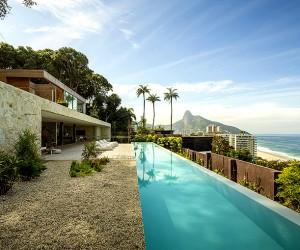 AL House by  Studio Arthur Casas