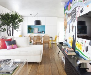 An Interior Full of Flamboyance: Vibrant and Chic Apartment Capela