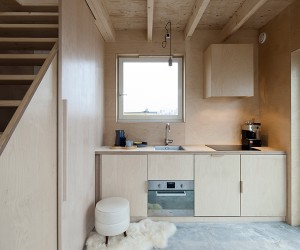 Ana Rocha Creates Slim Fit House For Overcrowded Cities