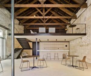 Arn Arquitectos Renovate a Home in Santa Pola, Alicante, Spain