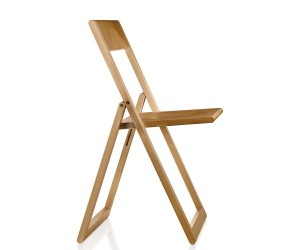Aviva folding chair by Marc Berthier for Magis.